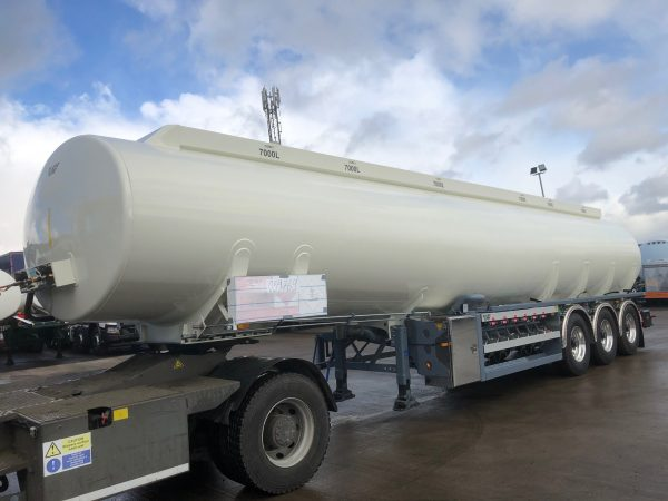 Non-Tipping Powder Tanker