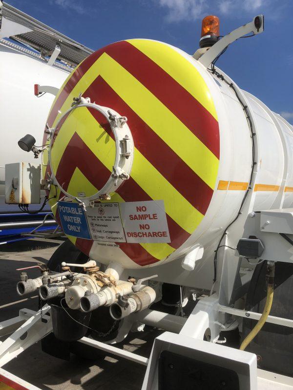 2008 Whale Drinking Water 2-Axle Tanker